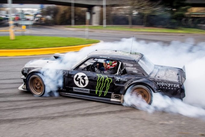 Hoonicorn Mustang leaves with all wheels spinning