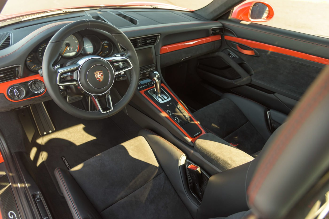 Porsche 911 GT3 RS specs include a 7-speed PDK transmission