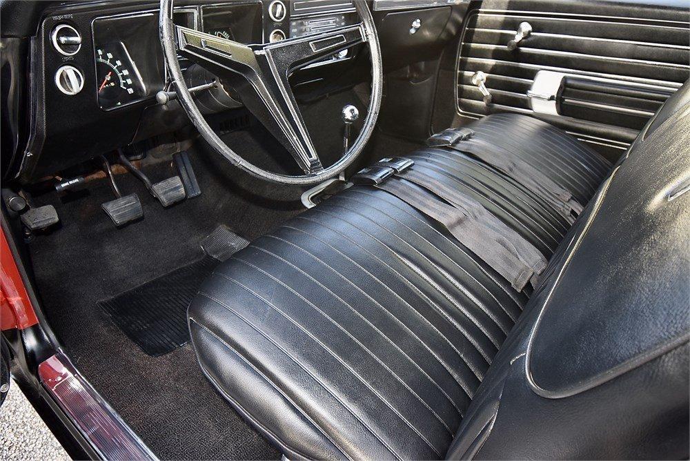 1968-Chevrolet-Chevelle-SS-interior