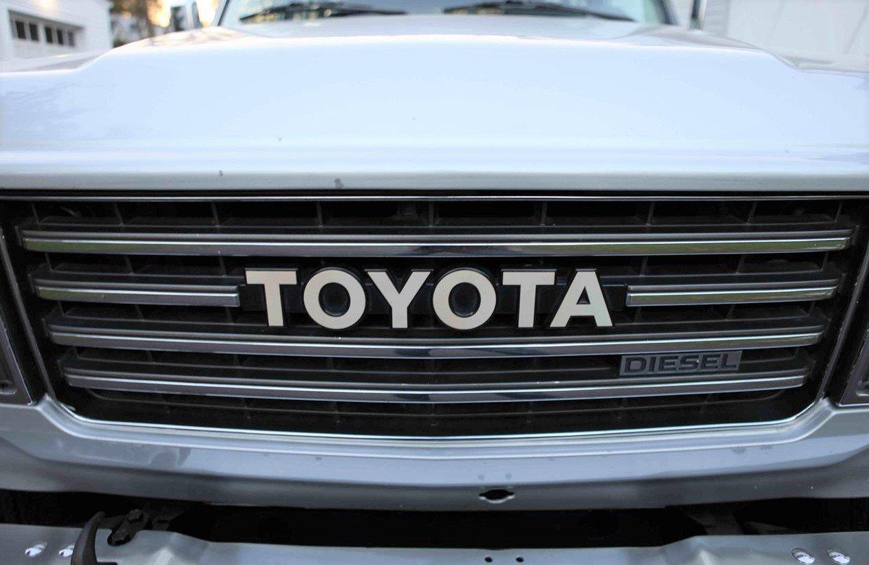 Toyota Land Cruiser HJ60