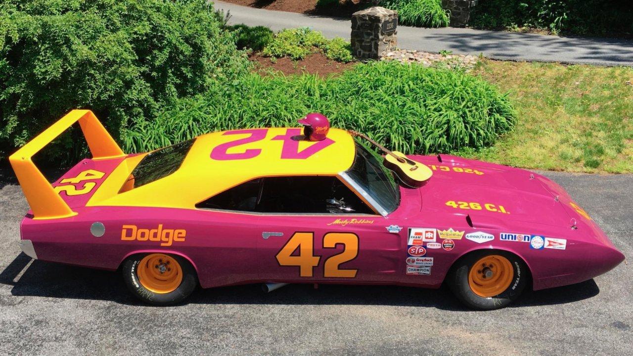 1969 Dodge Charger Daytona NASCAR