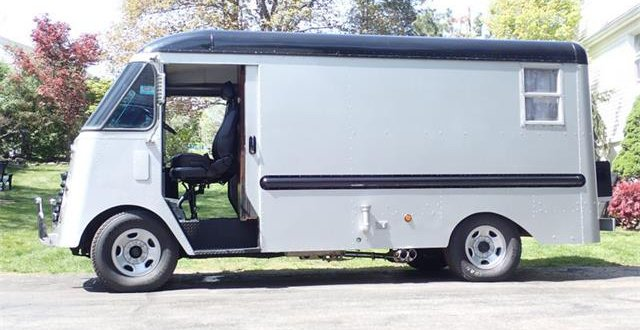 Pick of the Day: Delivery van converted into camper