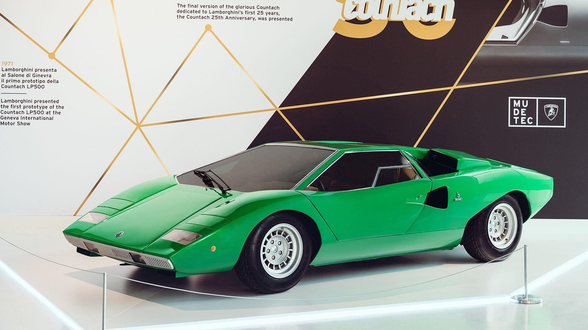 Green Lamborghini Countach