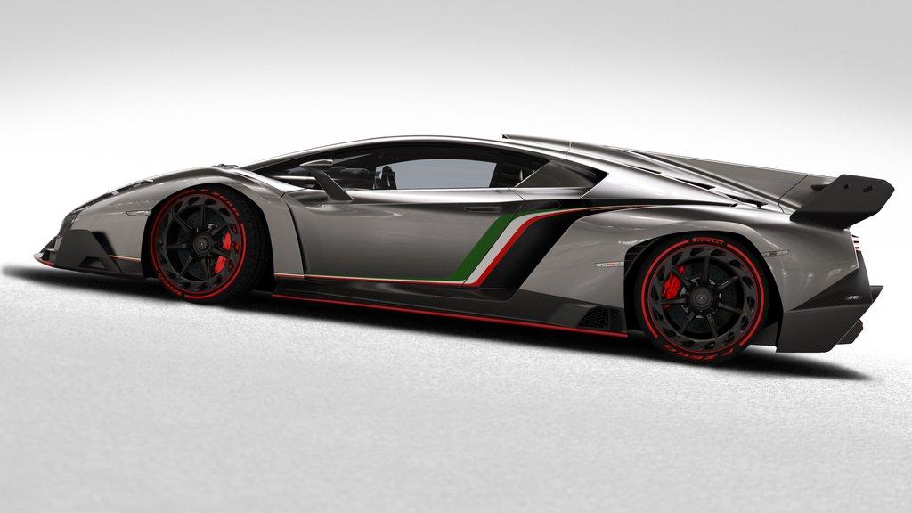 Side view of the 2013 Lamborghini Veneno
