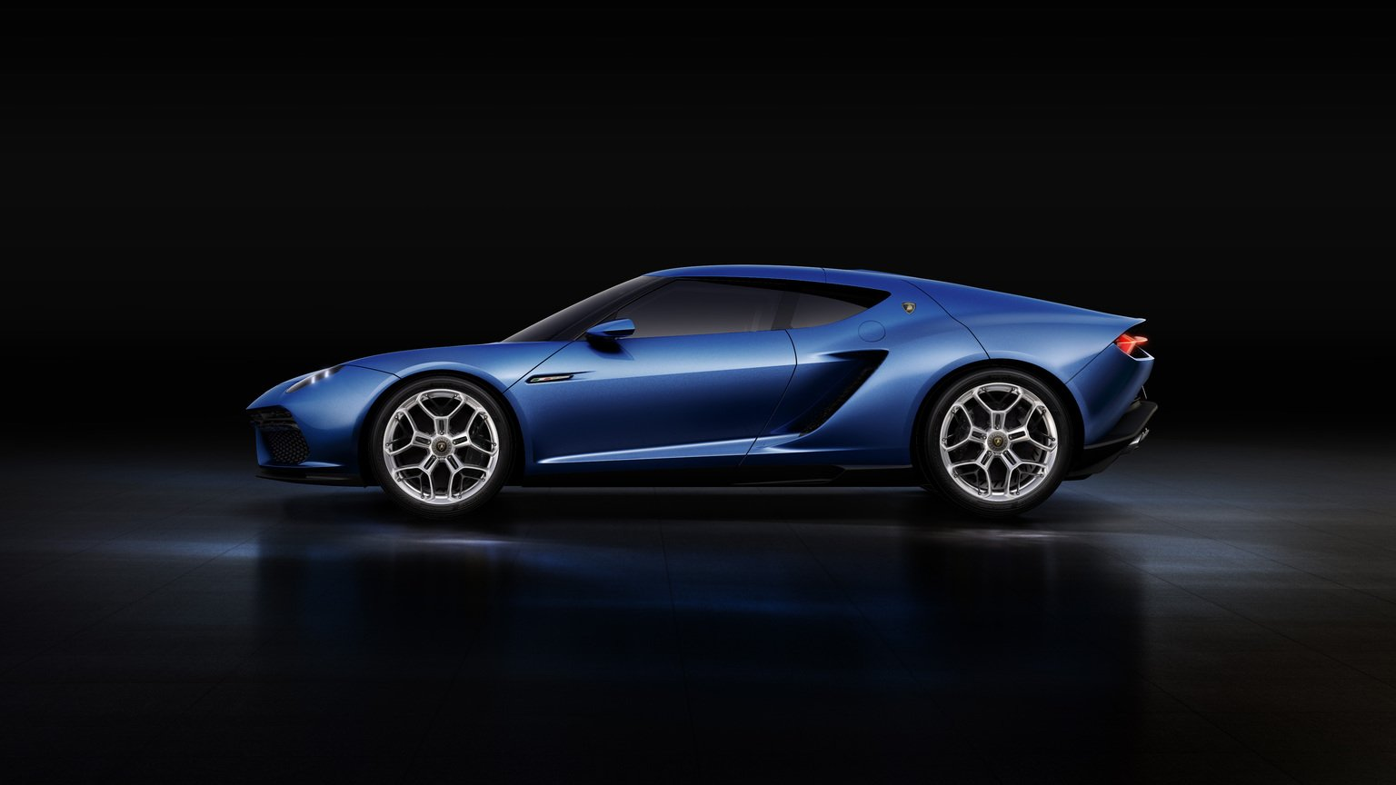Side view of Lamborghini Asterion