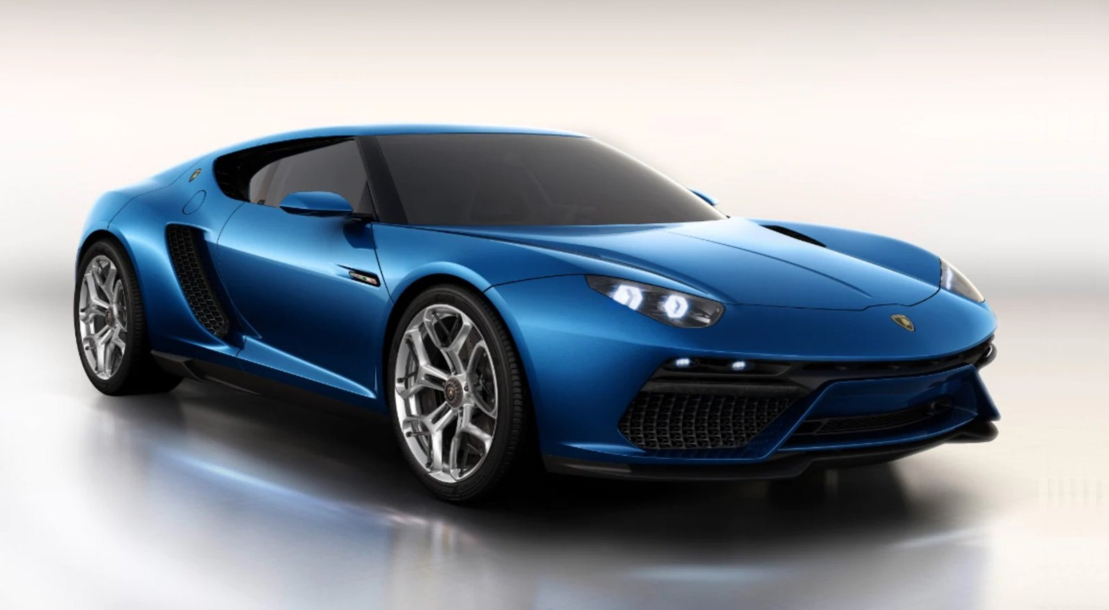 Front view of Lamborghini Asterion